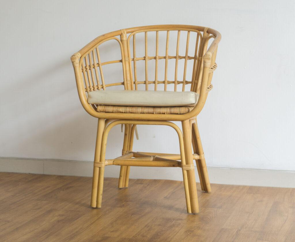DSC07608 1 Furniture, Review
