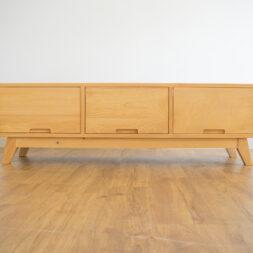DSC03280 Furniture
