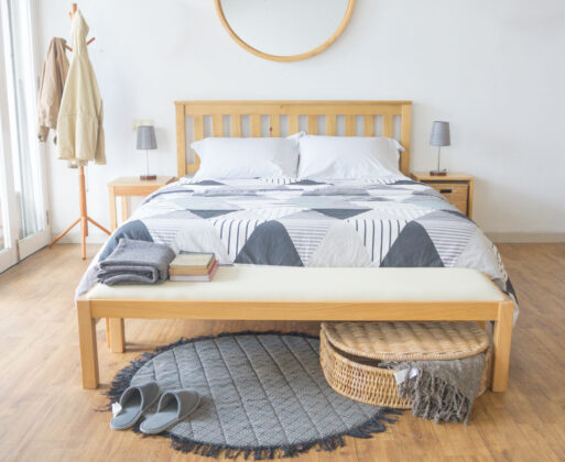 1 Furniture Dipan Classic Bed 160