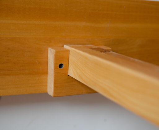 Detail 1 Furniture Dipan Classic Bed 160