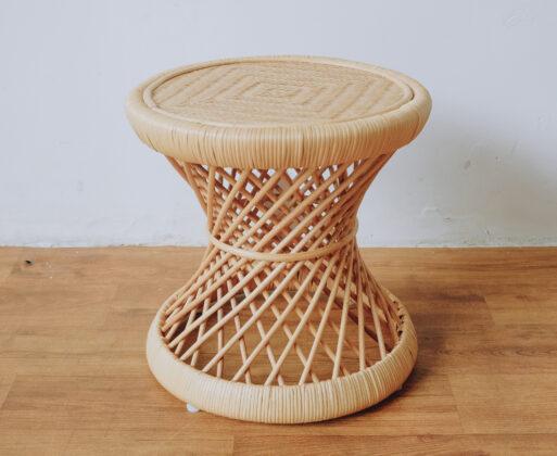 1. Furniture Meja Akar Mini Table