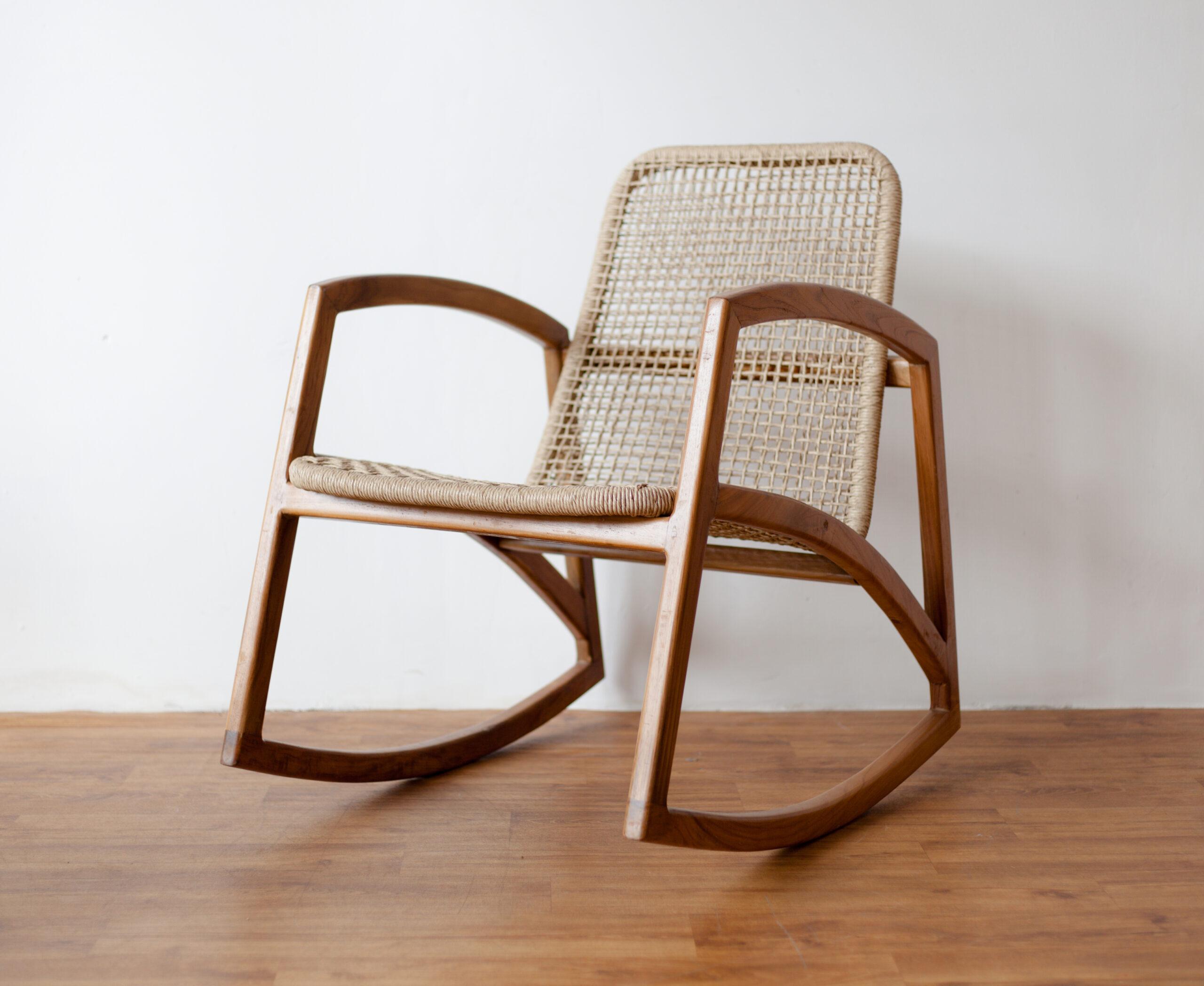 furniture kursi goyang