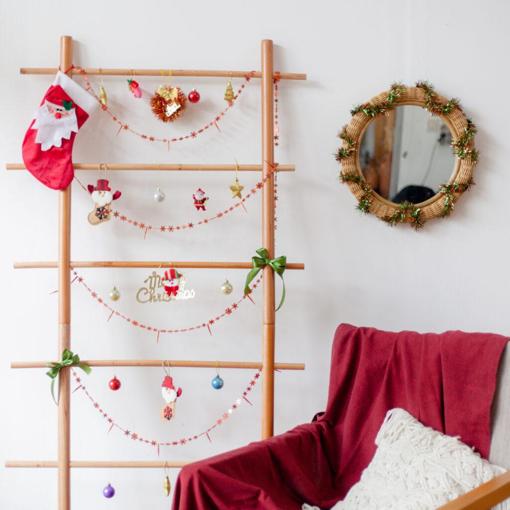 Merayakan Natal 2020 di Rumah dengan Memanfaatkan Perabotan untuk Dekorasi Natal